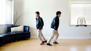 . رقص این دو تا پسر با آهنگ mama از Exo عالیه