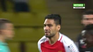 خلاصه بازی :  موناکو  2 - 1  دیژون  ( گل دیدنی فالکائو )