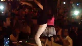 مردم نیوز - رقص بنفش