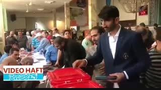 لحظه رای دادن گلر ملی پوش پرسپولیس