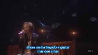 اجرای آهنگ زیبایunder an umbrellaاز جانگ گیون سوک