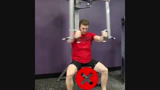 آرنولدشو.اموزش صحیح حرکت فلای بدنسازی برای تقویت عضلات سینه