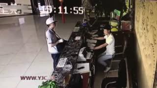 دستگیری دزد باکلاس در چین