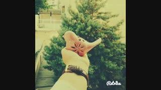 همه یه لحظه تشریف بیارن:)حتی اونایی که باهام مشکل دارن یا از من بدشون میاد^^