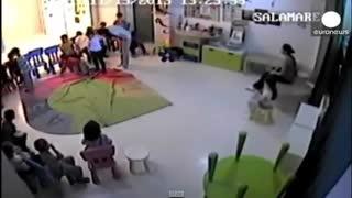 ضرب و شتم و آزار و اذیت کودکان در مهد کودک توسط مربی زن