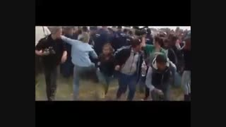 رفتار زشت و زننده خبرنگار زن در مواجهه با مهاجرین بیچاره