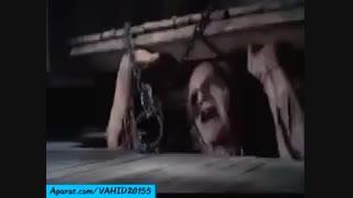 صحنه ای بسیار ترسناک از فیلم کلبه وحشت.....