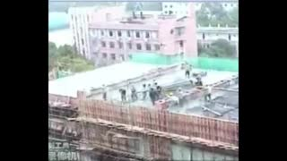 سقوط وحشتناک و ناگهانی کارگران ساختمانی