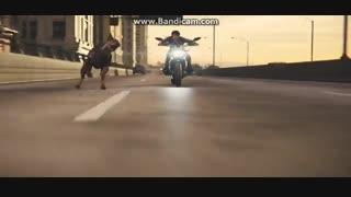 هنرنمایی لیان اس کندی با موتور - فیلم رزیدنت اویل انتقام