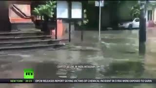 """""""طوفان قرن"""": رعد و برق قدرتمند مسکو را فلج می کند"""