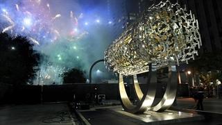 """گوشه ای از مراسم نصب تندیس """"منشور کوروش"""" در لس آنجلس آمریکا"""