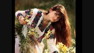 خوشگلا خوشگلن  : ترانه سرا حسین منزوی با دکلمه ی علی محمدی