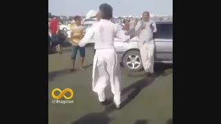 رقصیدن جالب این مرد
