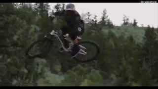 حرکات نمایشی با دوچرخه - برندن سمناک