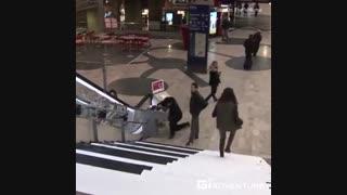 پله های مترو در سوئد با ایده ای خلاقانه