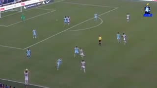 حرکات شگفت انگیز کارلوس آلنا هافبک جوان بارسلونا مقابل منچستریونایتد !