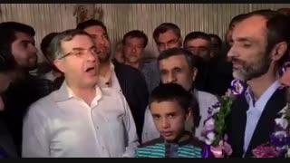 مشایی در شب آزادی بقایی: این راه را ادامه می دهیم چون پایان آن را شهادت می دانیم