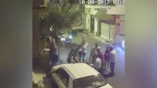 ضرب و شتم توریست زن توسط پلیس ترکیه