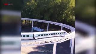 آشنایی با قطار پرسرعت Vectorr