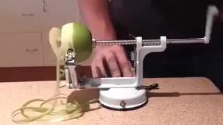 دستگاه سیب پوست کن