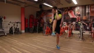 چالش هفتگی - دو حرکت ساده برای شکم