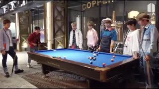 ویدیو مربوط به فن کافه هست وپسرا درحال بازی کردن بیلیارد...پارت ۱