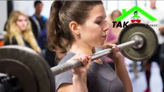 تمرینات با وزنه در باشگاه بدنسازی چه خطراتی برای خانم ها دارد؟