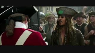 دانلود فیلم دزدان دریایی کارائیب 5 : مردان مرده قصه نمی گویند با زیرنویس فارسی