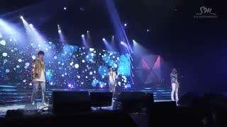 اجرای اهنگ Angel از اکسو exo\