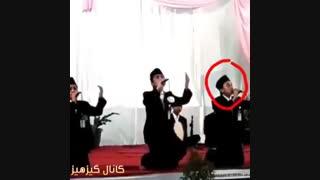 سوتی در وسط اجرای مراسم  فقط خنده سمت راستیه