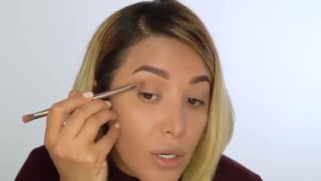 روش از بین بردن مشکل افتادگی پلک با آرایش