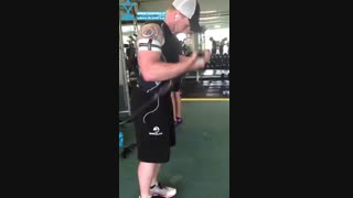 آموزش حرکت بدنسازی جلو بازو سیمکش با تکنیک کاتسو